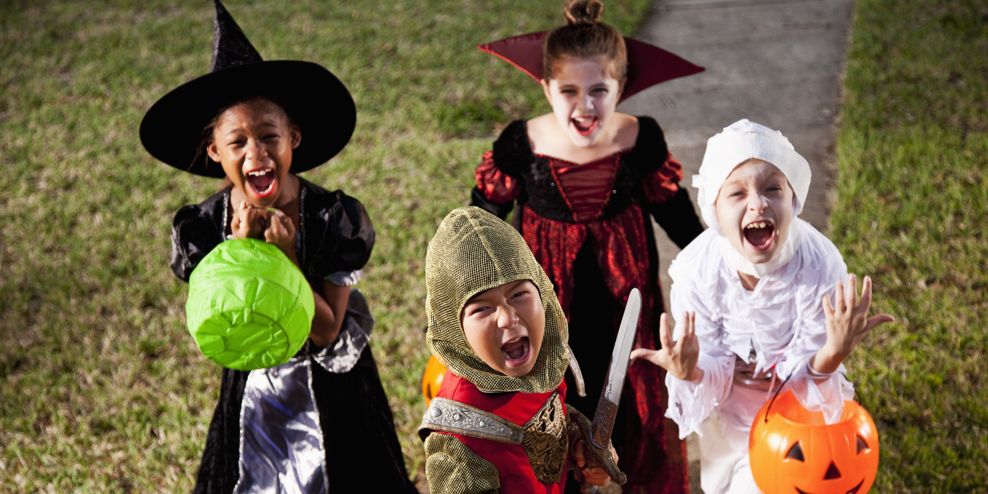 image result for pictures children on halloween - Children Halloween Pictures