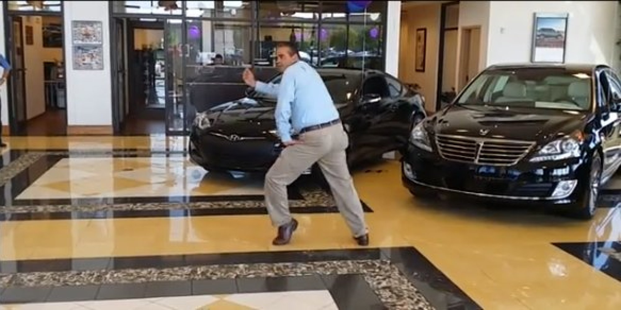 this dancing car sales manager will make you want to buy a hyundai probably video huffpost. Black Bedroom Furniture Sets. Home Design Ideas