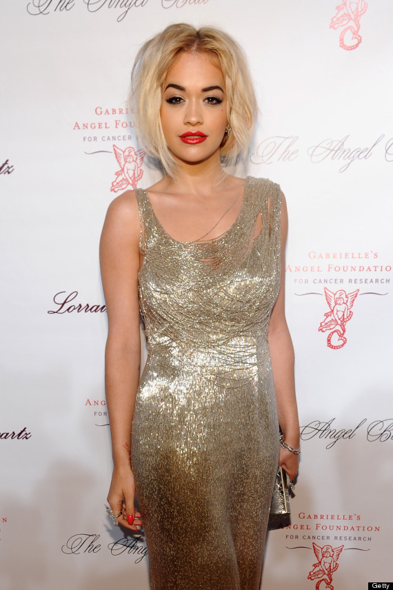 What color lipstick with gold dress