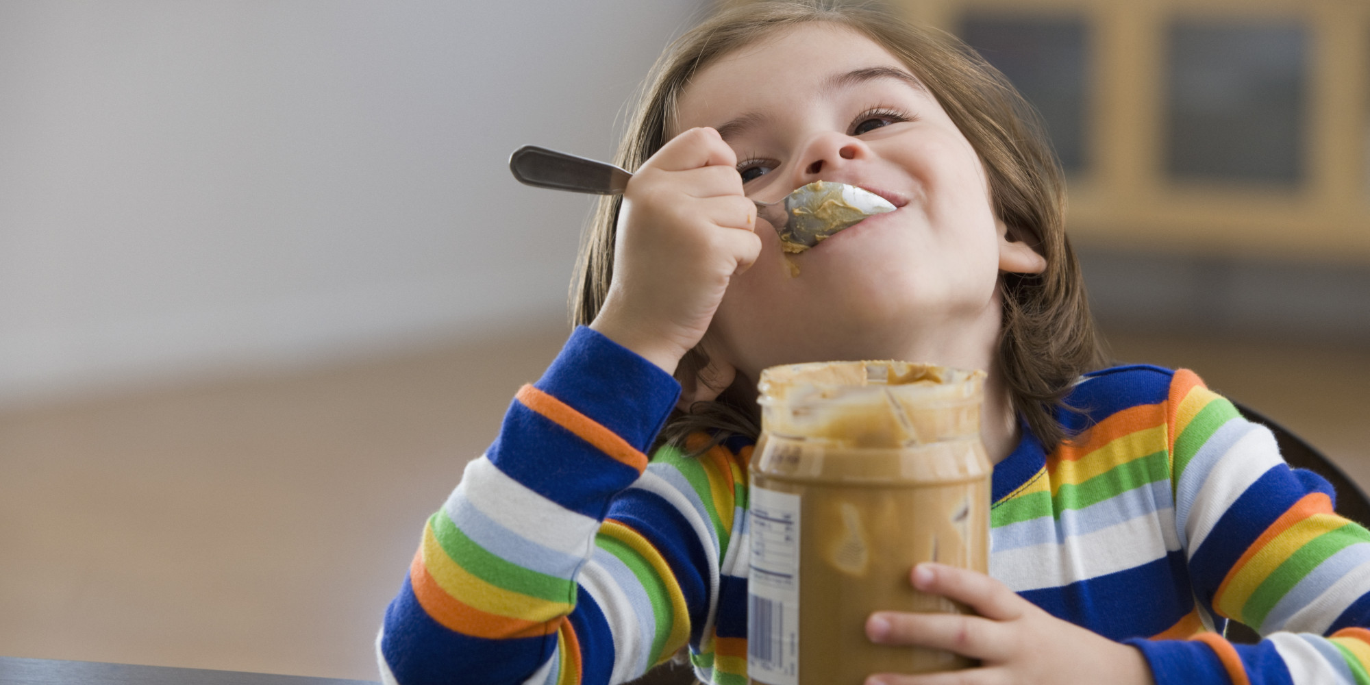 http://i.huffpost.com/gen/1435326/thumbs/o-KID-EATING-PEANUT-BUTTER-facebook.jpg