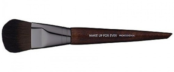 The 5 Makeup Brushes You Should Own & How To Use Them | HuffPost