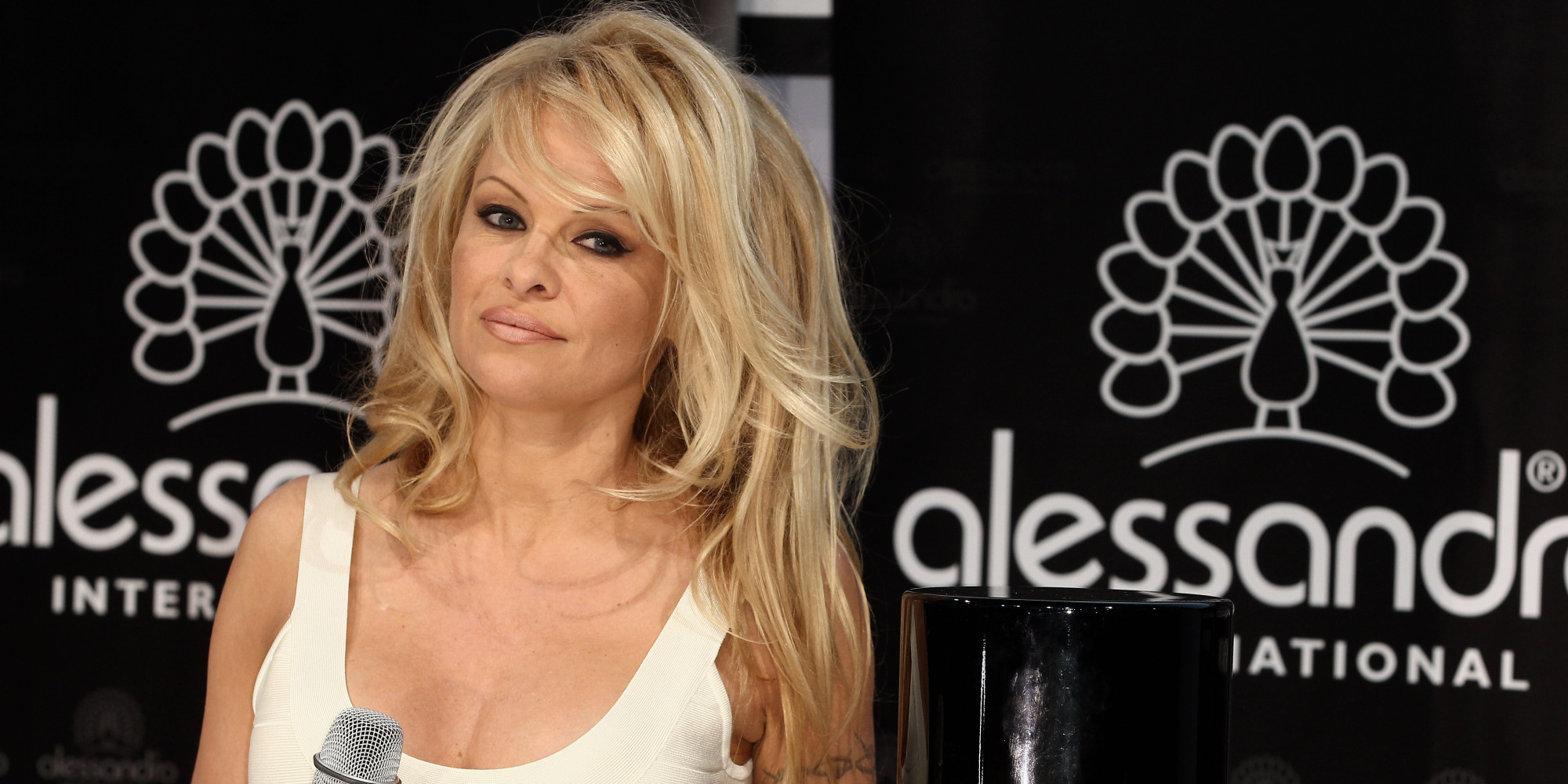 pam anderson hair style