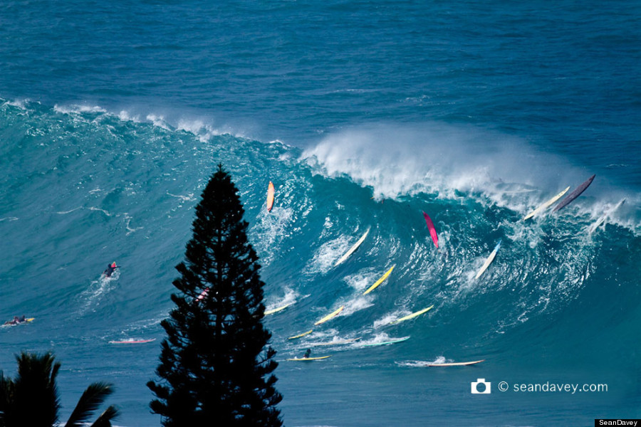 Huge Surf On North Shore Of Oahu Shows You Don T Have To Go To Nazar 233 To See Nature S Fury