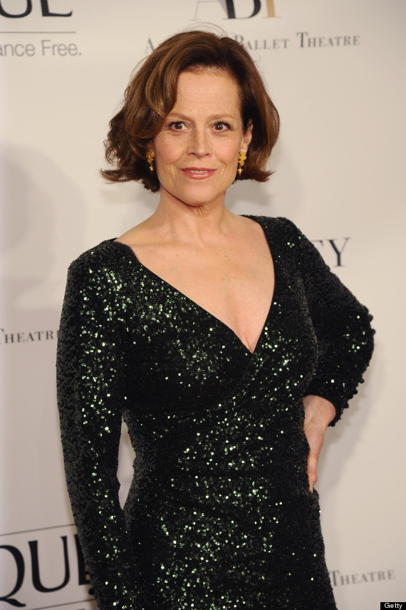 Sigourney Weaver Filmography And Biography On Movies Film: Sigourney Weaver Looks Amazing In Low-Cut Gown
