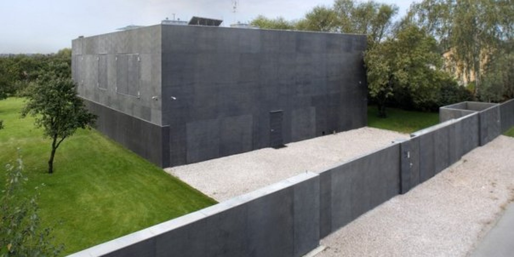 This Real Life Fortress Home Will Save You From The Zombie