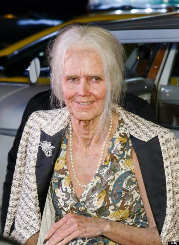 heidi klum halloween  sc 1 st  HuffPost & Heidi Klum Transforms Herself Into Old Lady For Annual Halloween ...