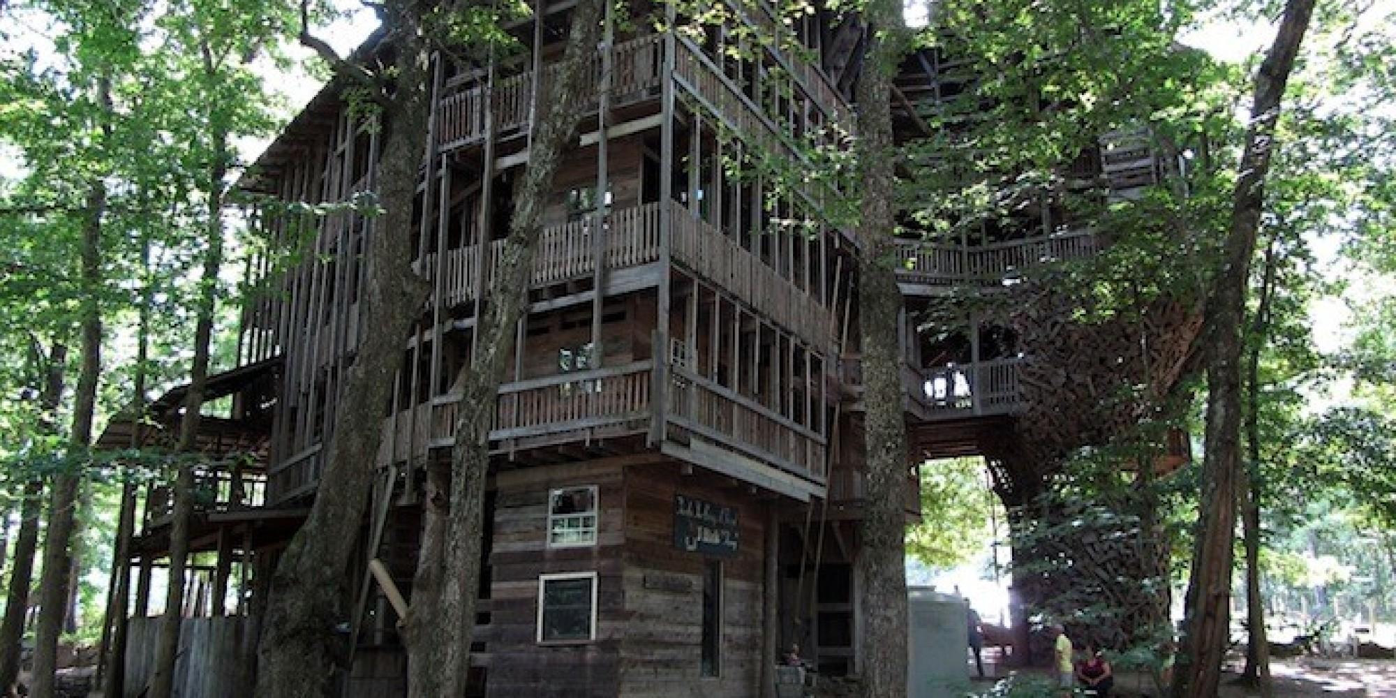 La pi grande casa sull 39 albero del mondo in tennessee cinque piani per un totale di 29 metri - Casa sull albero progetto ...