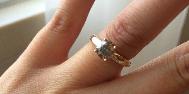 Con Una fisting anciana novia está la comprometida
