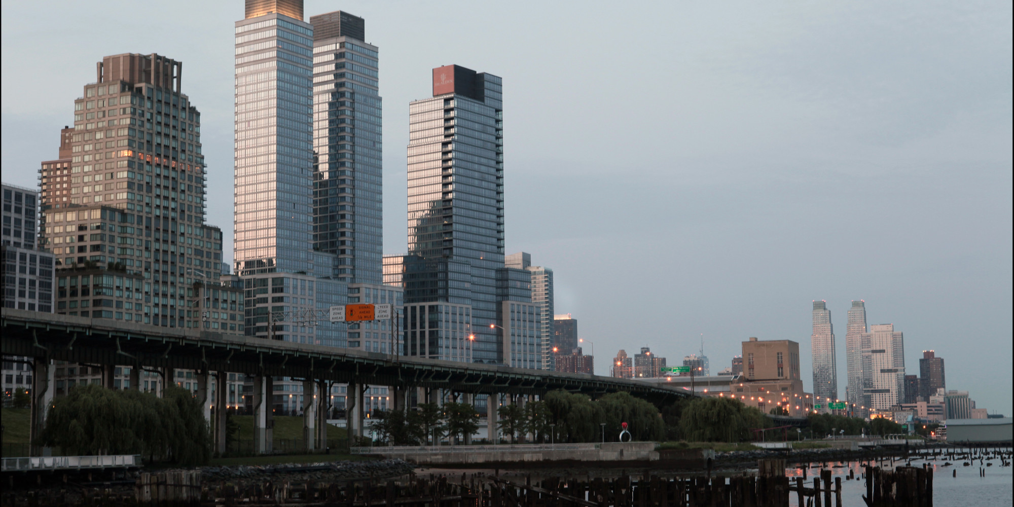 advocates urge new york governor to veto hudson river park bill huffpost. Black Bedroom Furniture Sets. Home Design Ideas