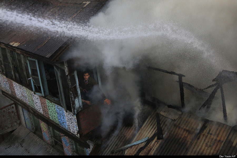 fire in srinagar india