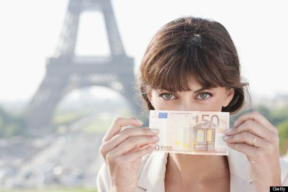 tourists money