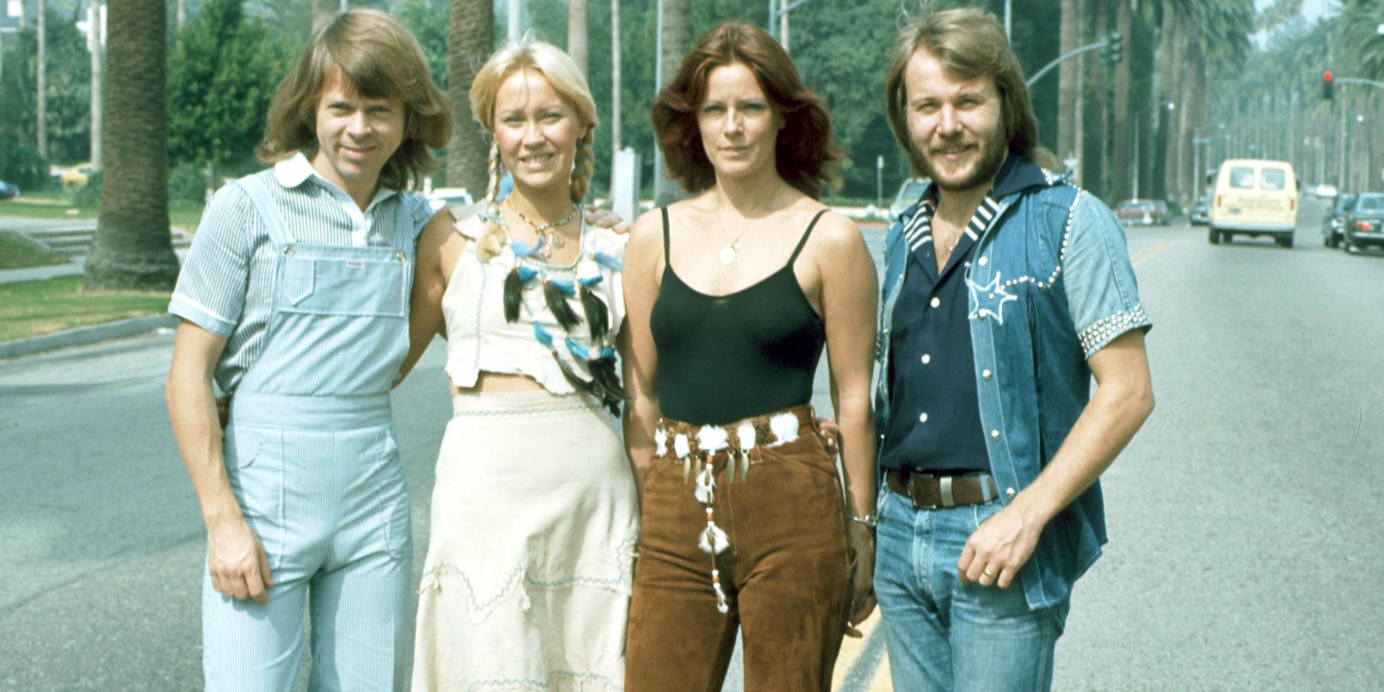 o-ABBA-facebook dans Divers