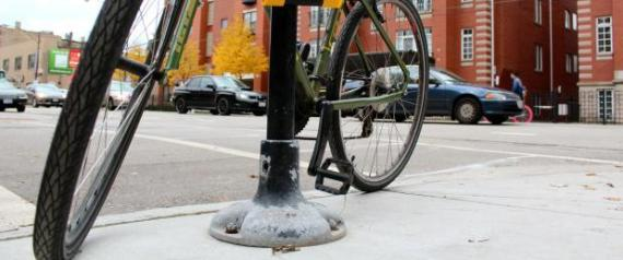 chicago bike thieves sucker poles