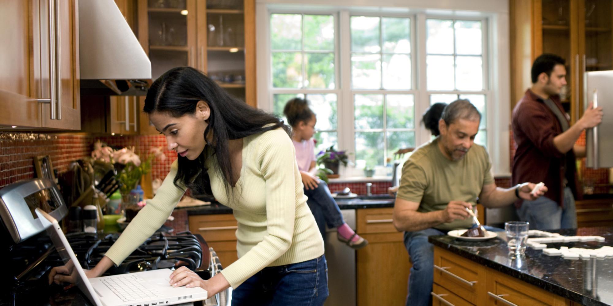 Stromfresser Küche So sparen Sie beim Kochen und Kühlen  -> Kühlschrank Quietscht Beim Kühlen