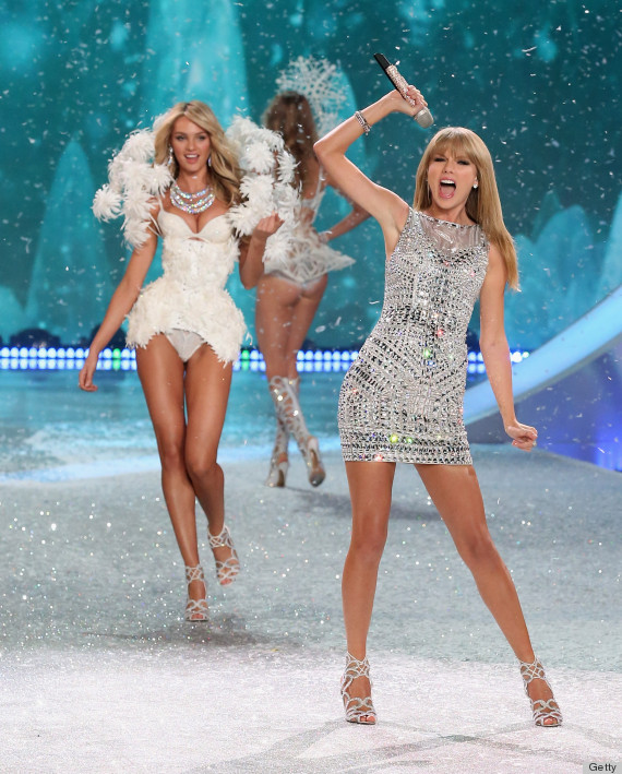 Victoria's Secret Fashion Show 2013 Stars Taylor Swift Giving The Angels Competition (PHOTOS ...