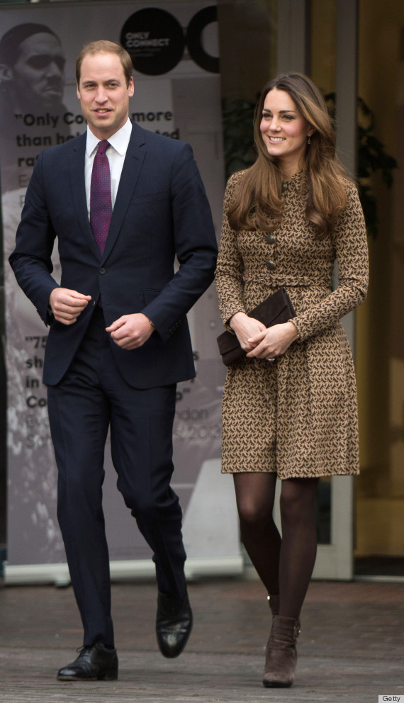 Kate Middleton Repeats A Perfect Fall Outfit In London Photos Huffpost