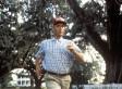 Tom Hanks Has 'Forrest Gump' Reunion With Lt. Dan & Bubba