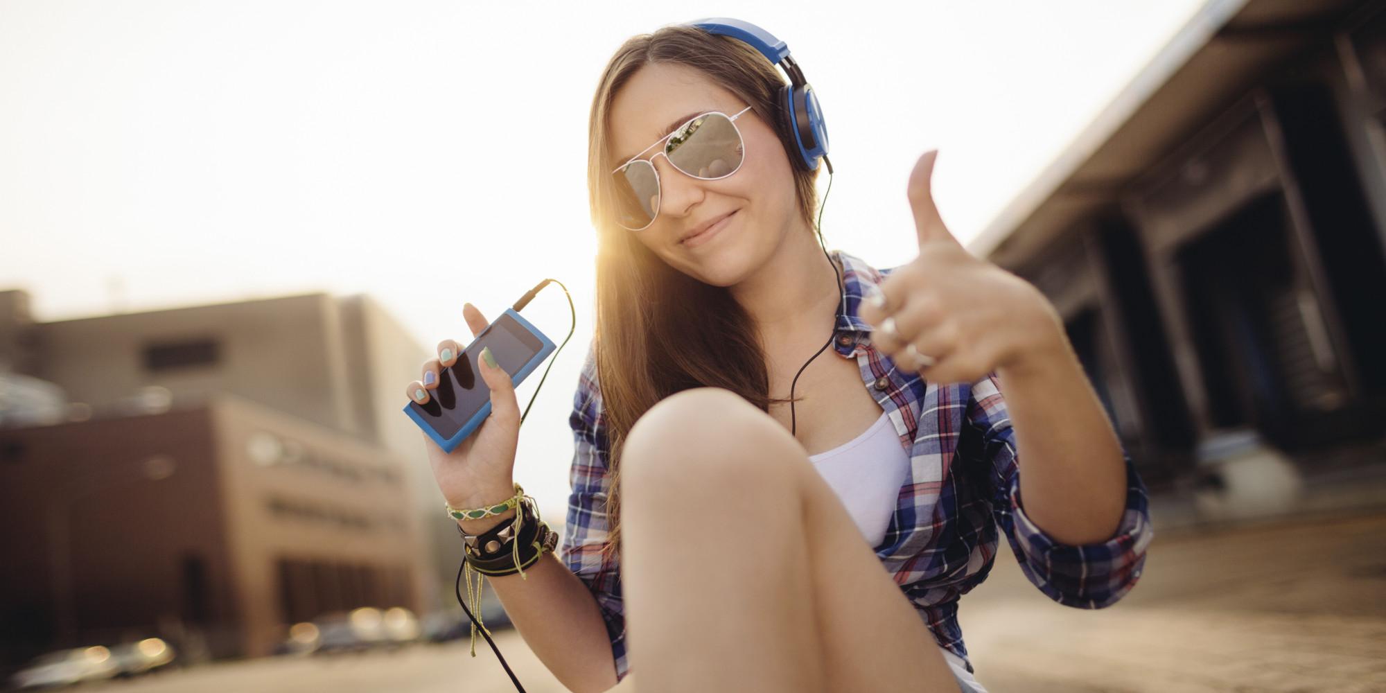 Girl Listening To Headphones Tumblr