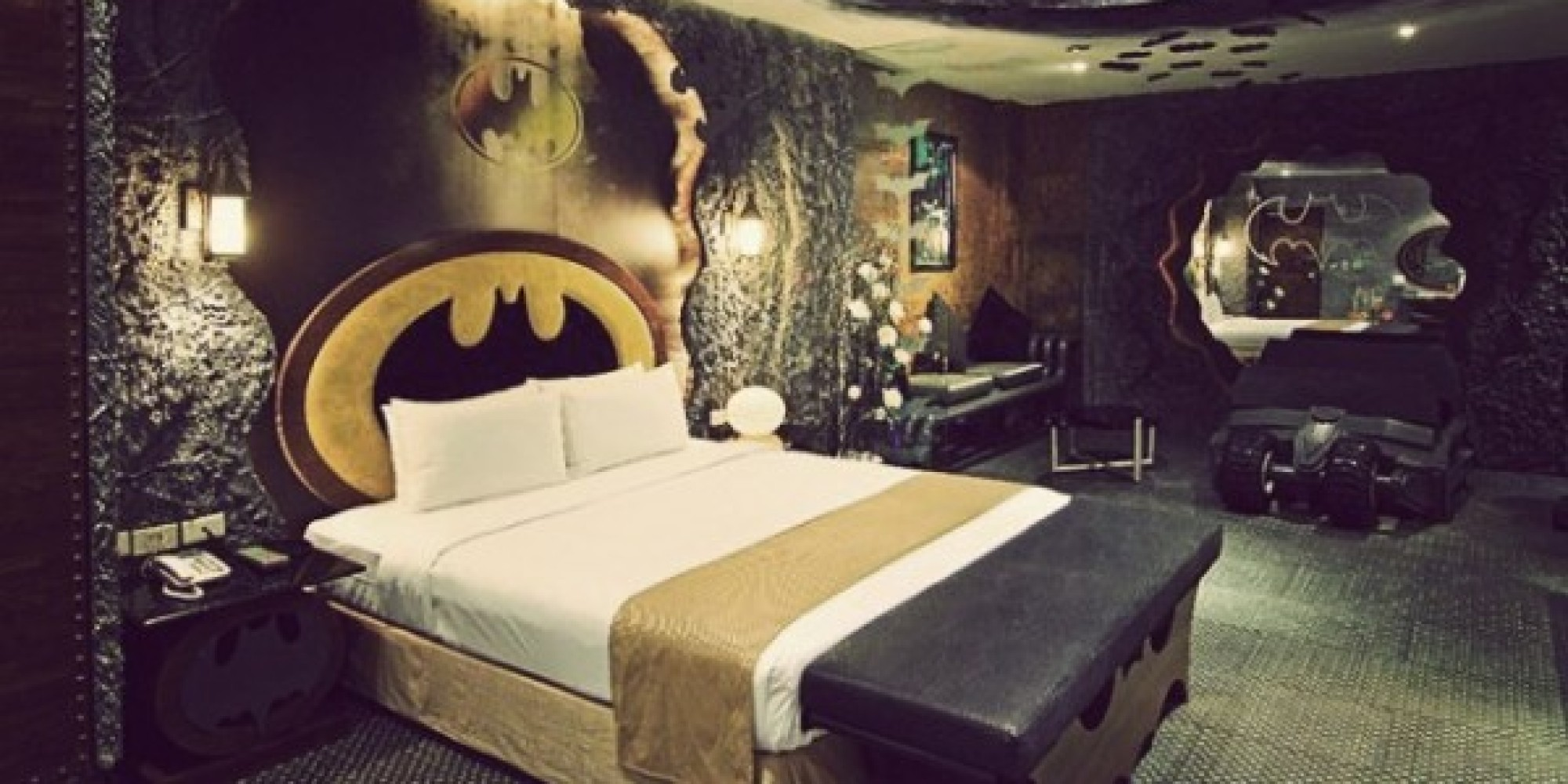 Batman hotel room in taiwan is all you need for a good for City themed bedroom designs