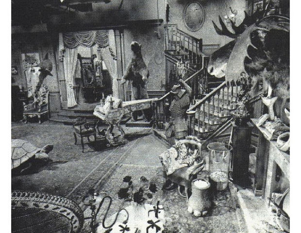 Munsters Living Room Was Pink