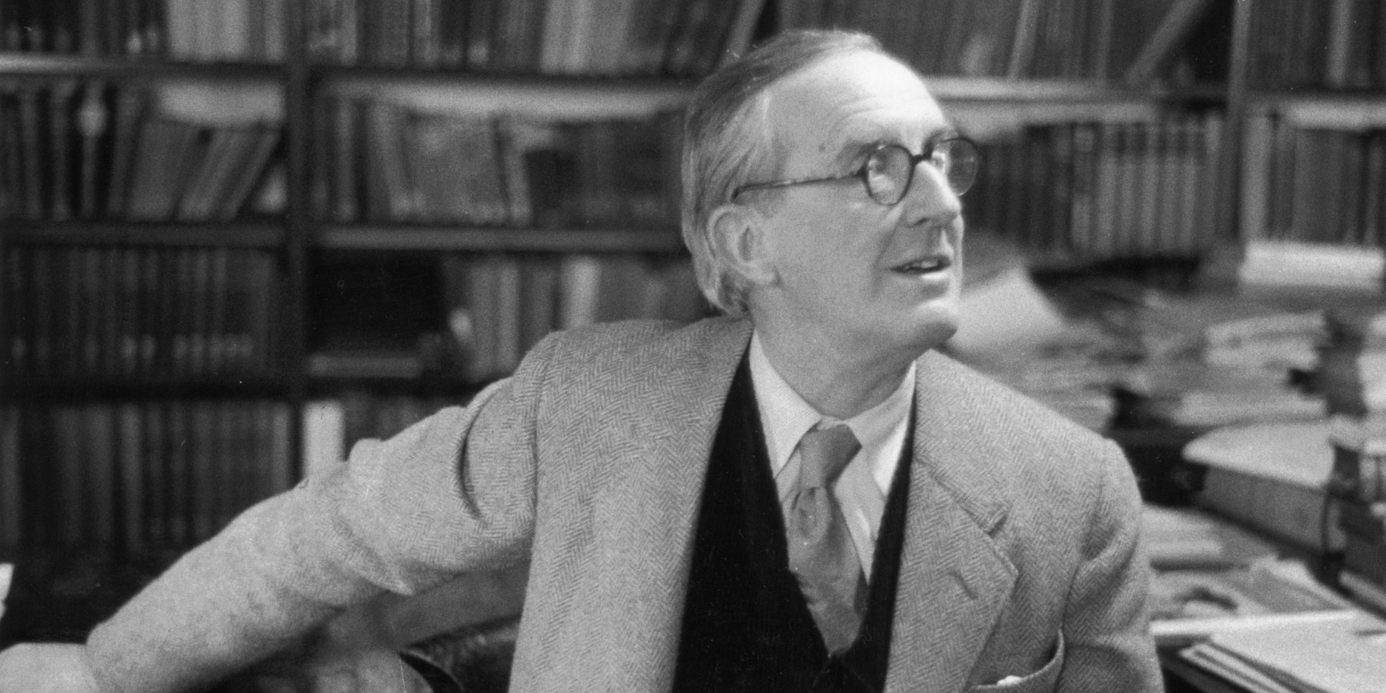 Tolkien Movie Will Give Glimpse Into Famous Fantasy Writer's ...