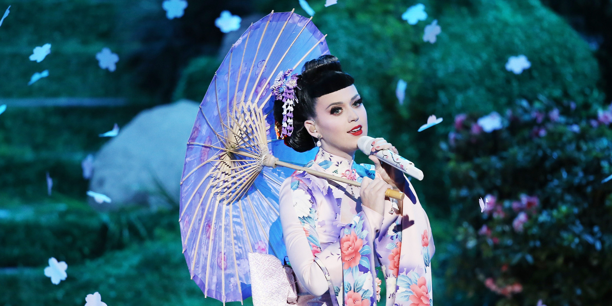 Katy Perry performing as a geisha at the 2013 American Music Awards