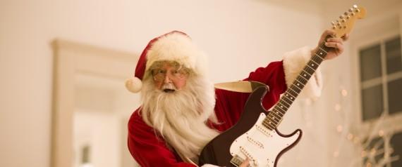 N Santa Singing Large570