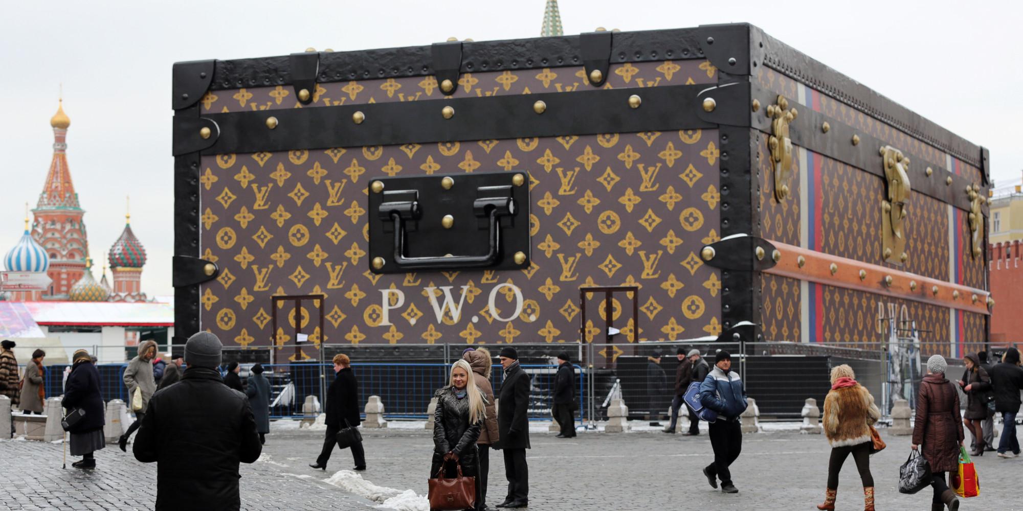 Louis Vuitton verunstaltet roten Platz in Moskau