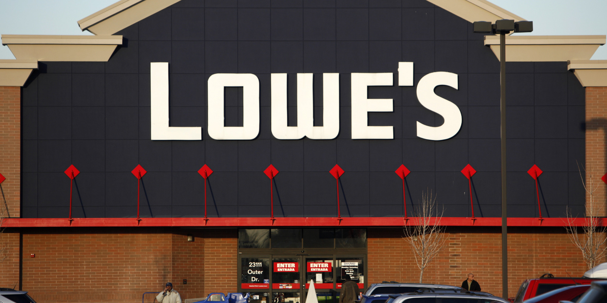 lowes black friday hours