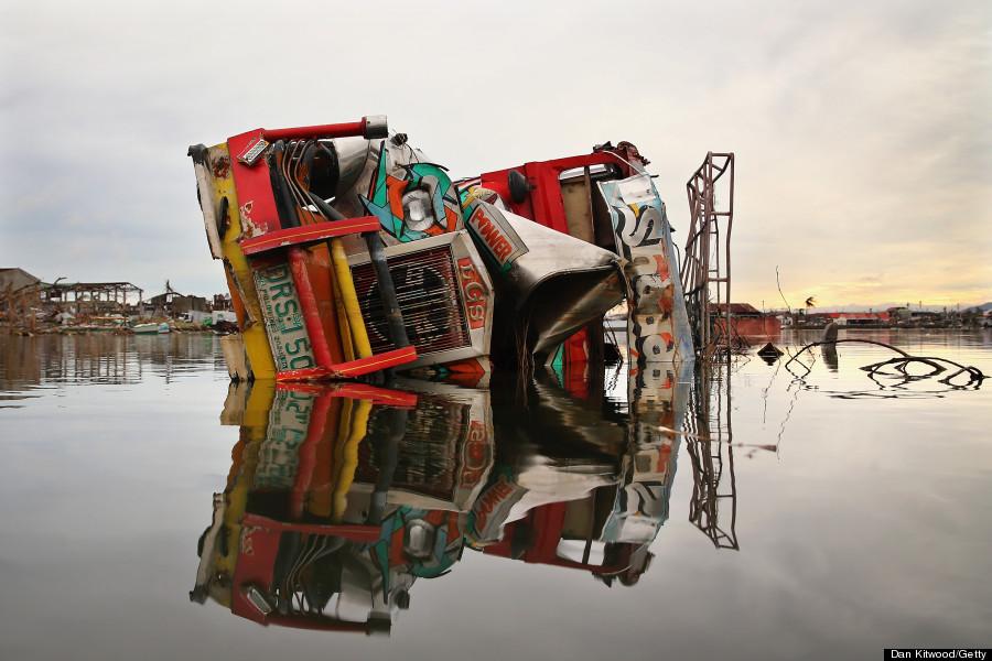 jeepney smashed by typhoon haiyan