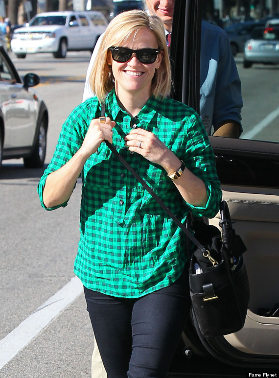 reese witherspoon cuts hair into long bob for fresh new