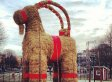 Gavle Goat Hopes To Survive Fire In Christmas 2013 As Swedish Town Protects Giant Straw 'Gävlebocken' From Arson