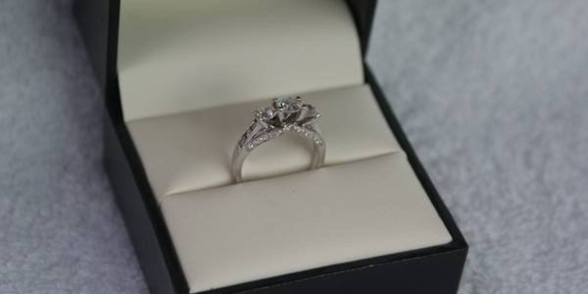 Guy Sells Engagement Ring ce Worn By Satan Herself