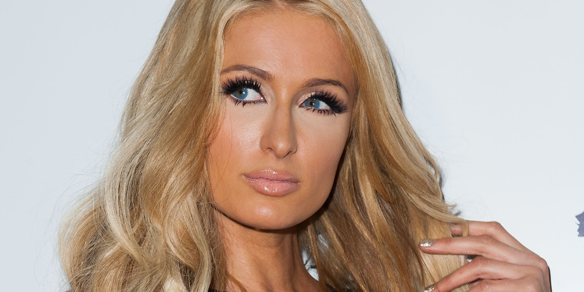 Paris Hilton Slams Fak... Paris Hilton