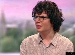 Simon Amstell Apologises For Mandela Comment On Radio One