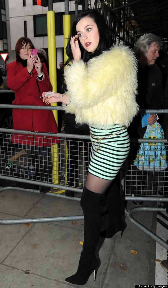 katy perry yellow coat
