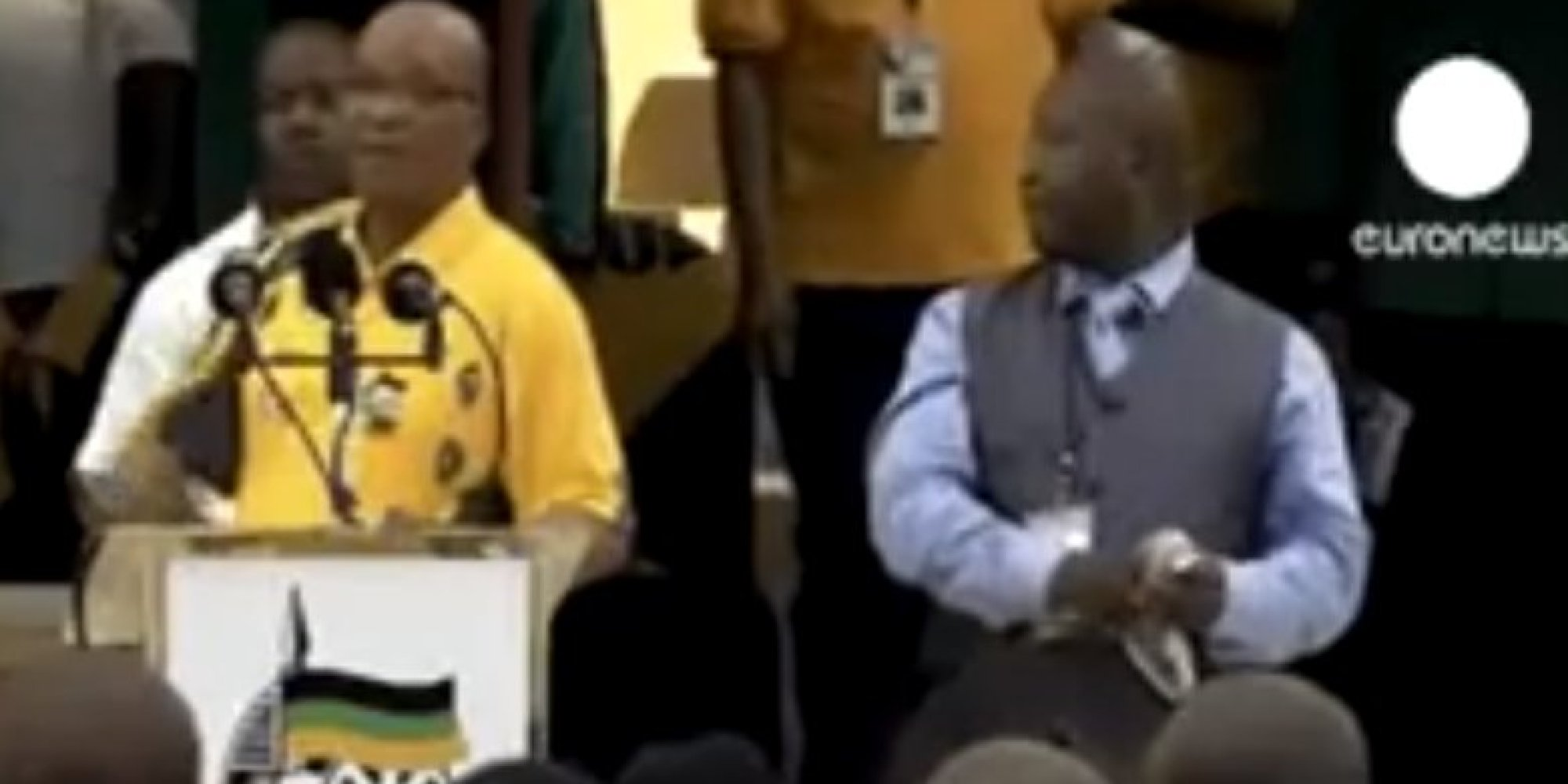 mandela sign language interpreter thamsanqa jantjie filmed