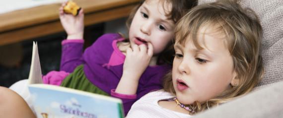 COZY CHILD READING