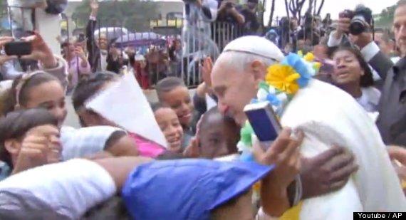 pope in brazil slum