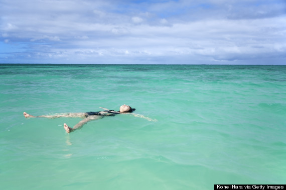 floating in water hawaii