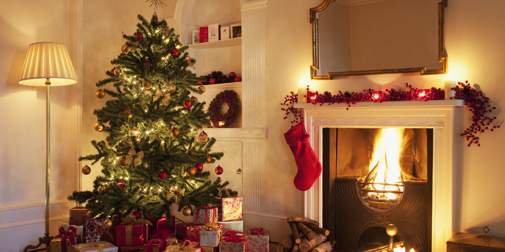 How to decorate your student house for christmas on a budget for Christmas decorations for inside your house