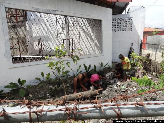 muslims rebuild church philippines