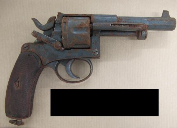 still picture of the gun