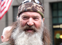 Duck Dynasty' Star Phil Robertson Claims Black People Were 'Happy