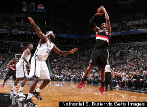 lamarcus aldridge shooting