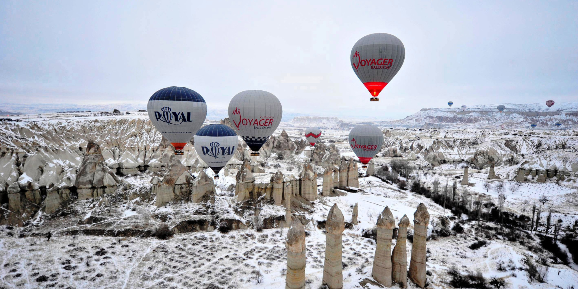 hot air balloon in cappadocia turkey on this travel. Black Bedroom Furniture Sets. Home Design Ideas