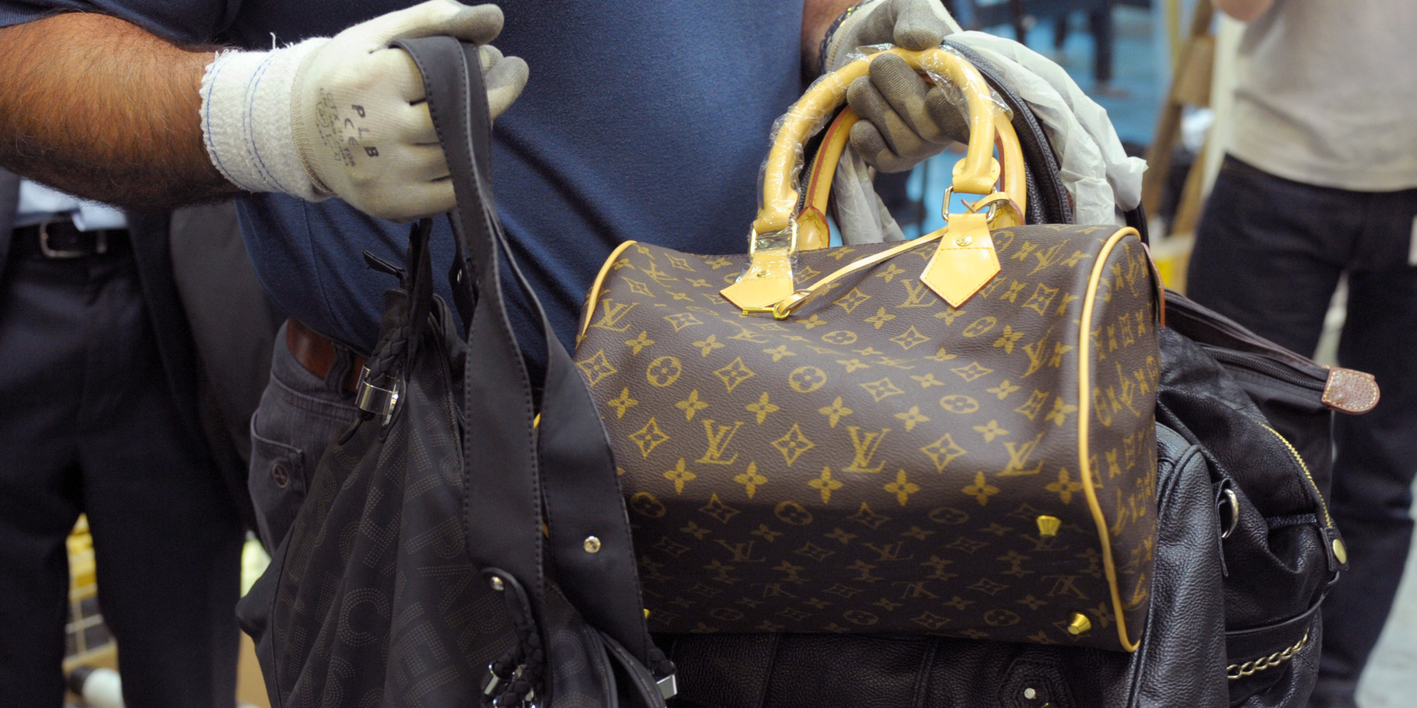 celine designer handbags - How To Spot A Fake Bag? Check The Leather, The Stitching... And ...