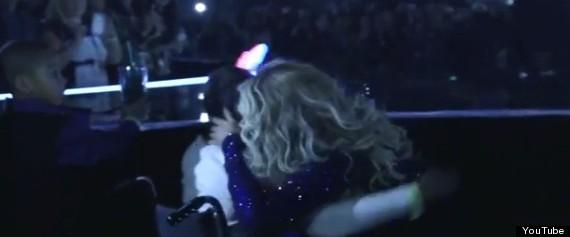 beyonce hug