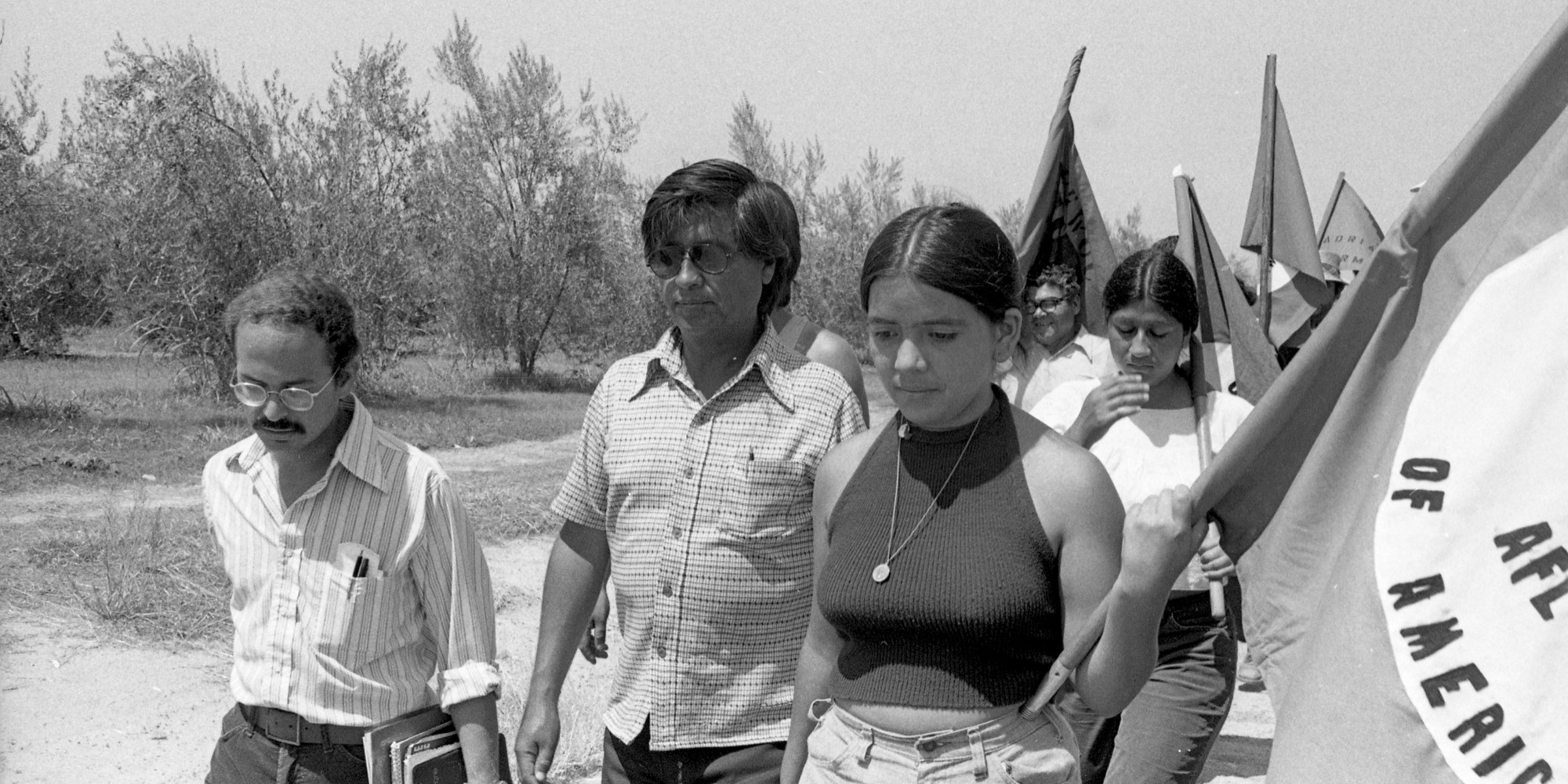 real life heroes cesar chavez Daily edition  out of america: one of hispanic america's great heroes, soon to  get a  union man: cesar chavez, backed by images of bobby kennedy   which continued to undermine the ufw's efforts to improve life for its.