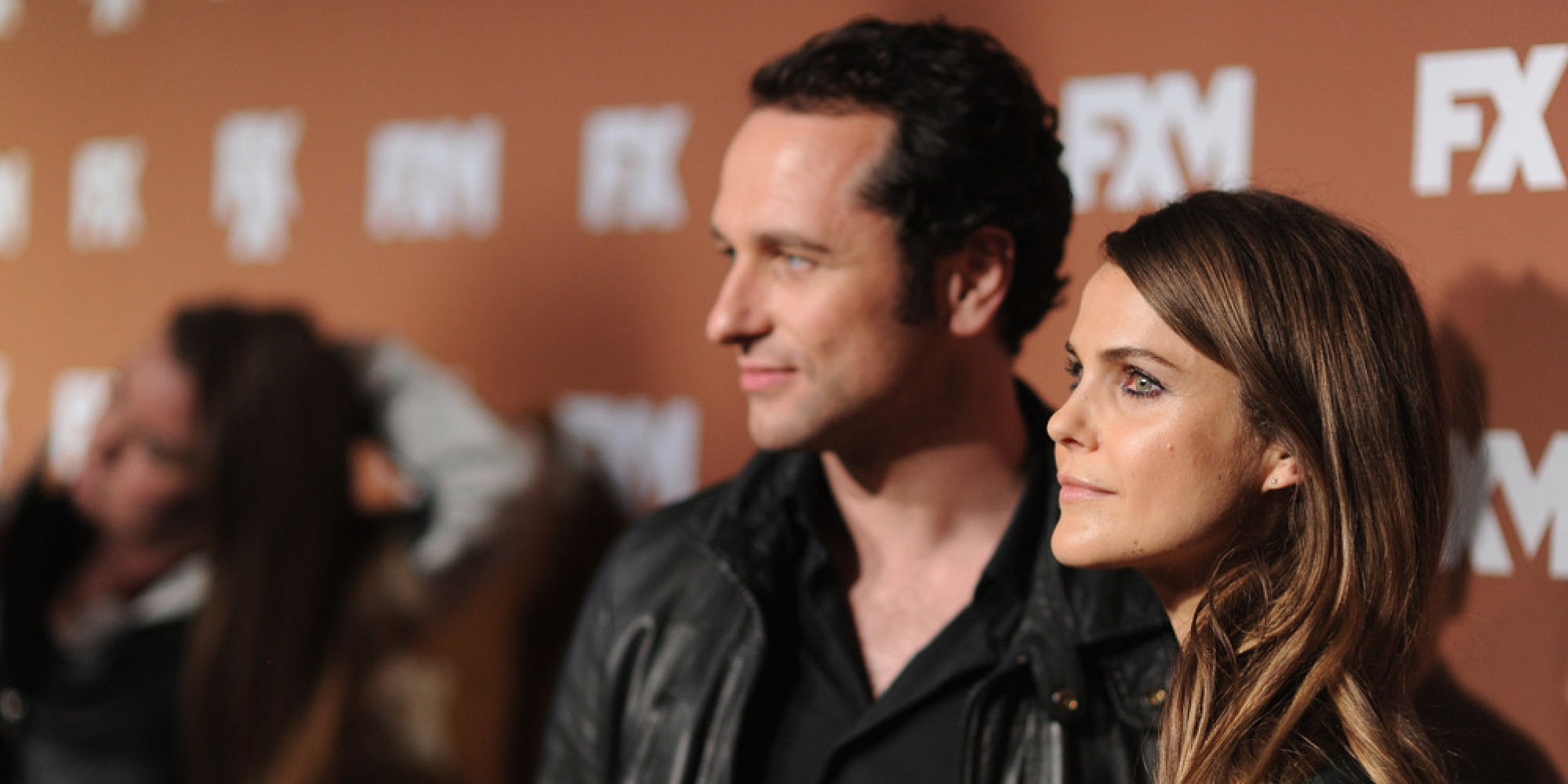 Shane Deary Are Keri Russell And Matthew Rhys An Item Co Stars Reportedly